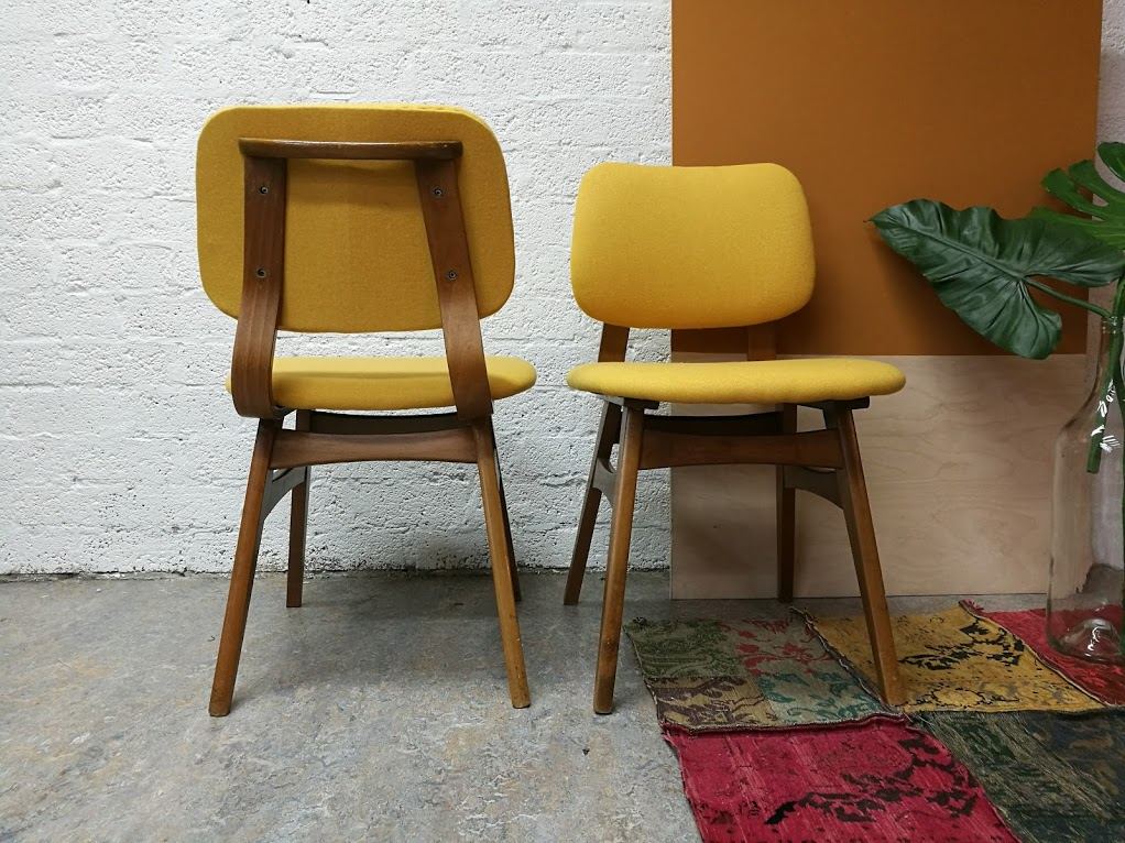 Verkocht eetkamerstoelen retro stoffeershop for Deens design